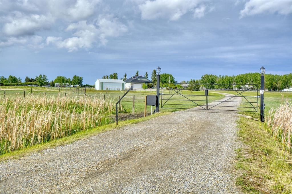Main Photo: 7 Manuel Grove Lane in Rural Rocky View County: Rural Rocky View MD Detached for sale : MLS®# A1119046