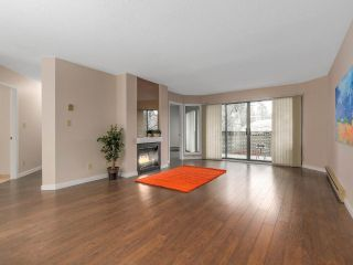 """Photo 2: 203 3191 MOUNTAIN Highway in North Vancouver: Lynn Valley Condo for sale in """"Lynn Terrace II"""" : MLS®# R2133788"""