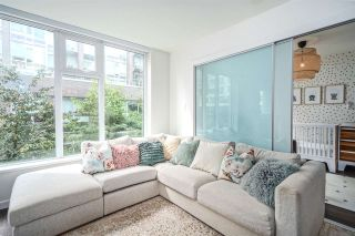 """Photo 1: 521 5598 ORMIDALE Street in Vancouver: Collingwood VE Condo for sale in """"WALL CENTER CENTRAL PARK"""" (Vancouver East)  : MLS®# R2495888"""
