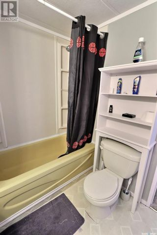 Photo 9: 136 Eastview Trailer CT in Prince Albert: House for sale : MLS®# SK859935