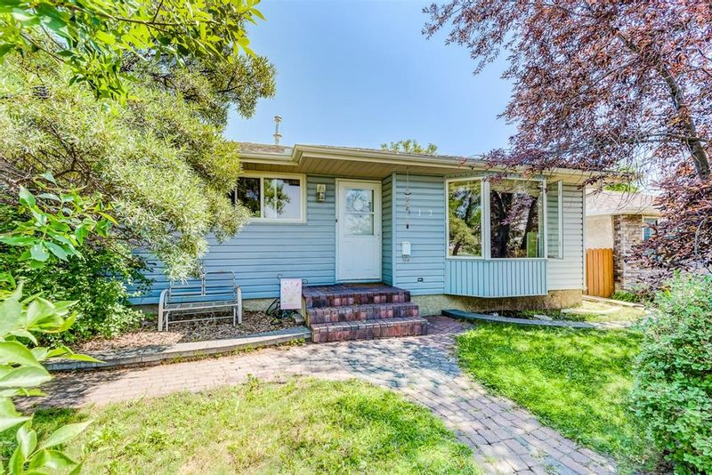 FEATURED LISTING: 112 Pinegreen Close Northeast Calgary