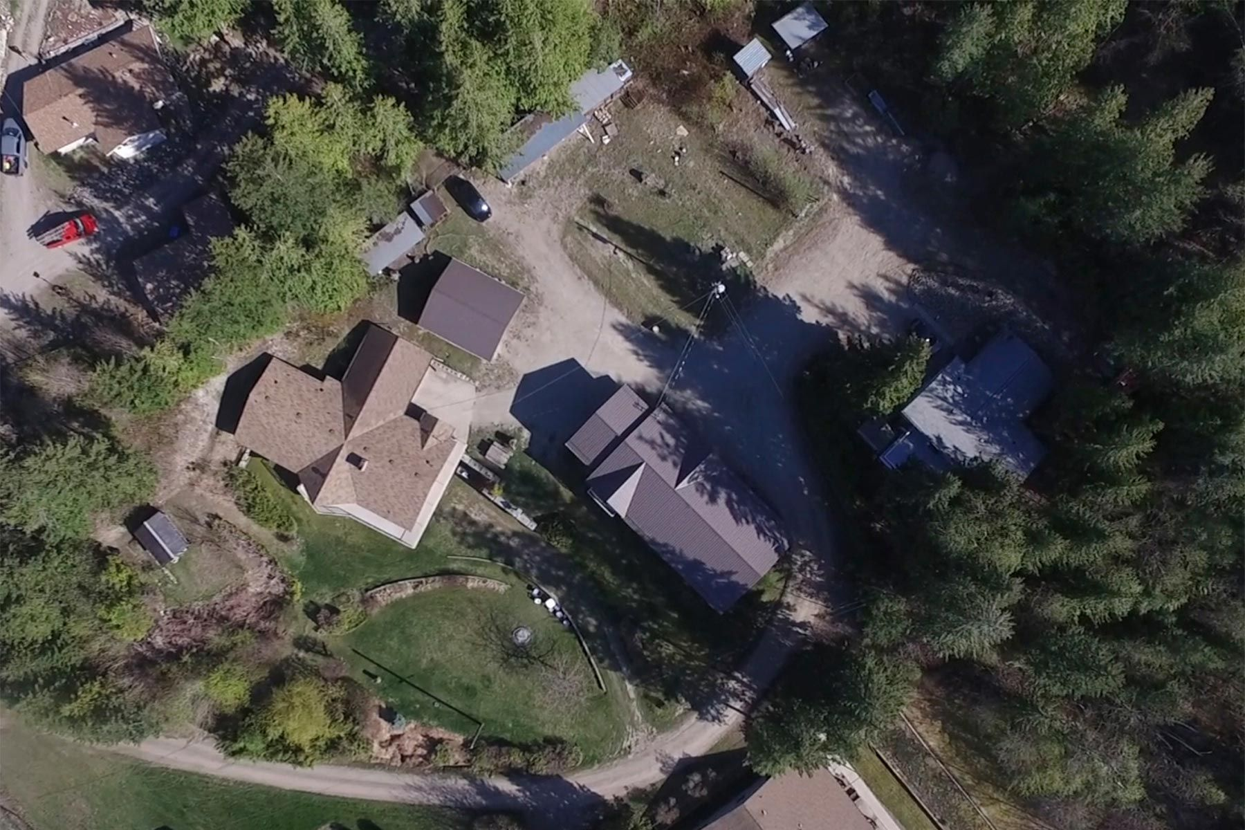 Photo 8: Photos: 1350 Trans Canada Highway in Sorrento: House for sale : MLS®# 10225818