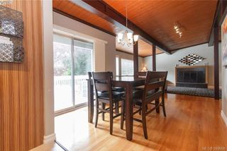 Photo 6: 860 Beckwith Ave in VICTORIA: SE Lake Hill House for sale (Saanich East)  : MLS®# 797907