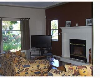 Photo 2: 4099 FOREST Street in Burnaby: Burnaby Hospital House for sale (Burnaby South)  : MLS®# V657164