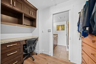 """Photo 18: 1101 38 LEOPOLD Place in New Westminster: Downtown NW Condo for sale in """"Eagle Crest"""" : MLS®# R2618188"""