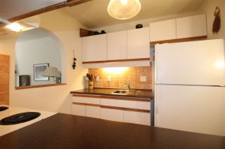 Photo 8: 103 1480 COMOX Street in Vancouver: West End VW Condo for sale (Vancouver West)  : MLS®# R2079978