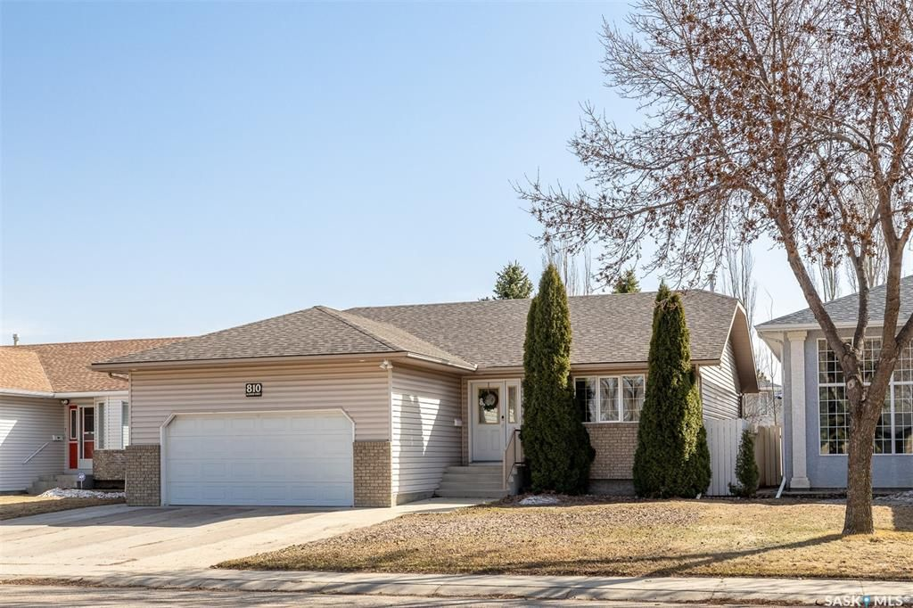 Main Photo: 810 Glasgow Street in Saskatoon: Avalon Residential for sale : MLS®# SK850121