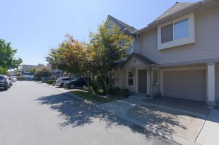 """Photo 1: 39 23085 118 Avenue in Maple Ridge: East Central Townhouse for sale in """"SOMMERVILLE GARDENS"""" : MLS®# R2488248"""