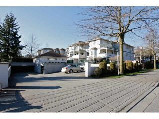 "Photo 20: 311 5955 177B Street in Surrey: Cloverdale BC Condo for sale in ""WINDSOR PLACE"" (Cloverdale)  : MLS®# F1433073"