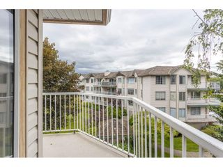 """Photo 33: 310 5360 205 Street in Langley: Langley City Condo for sale in """"PARKWAY ESTATES"""" : MLS®# R2515789"""