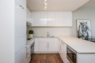 Photo 5: 3813 10360 102 Street in Edmonton: Zone 12 Condo for sale : MLS®# E4231481
