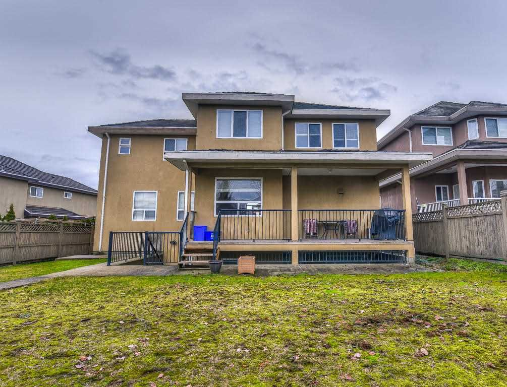 Photo 20: Photos: 15927 89A Avenue in Surrey: Fleetwood Tynehead House for sale : MLS®# R2228908