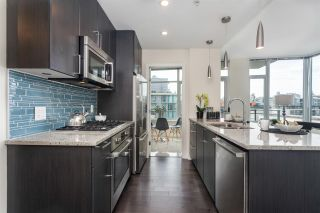 """Photo 9: 908 38 W 1ST Avenue in Vancouver: False Creek Condo for sale in """"THE ONE"""" (Vancouver West)  : MLS®# R2164655"""