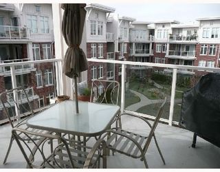 Photo 9: 307 4211 BAYVIEW Street in Richmond: Home for sale : MLS®# V693754