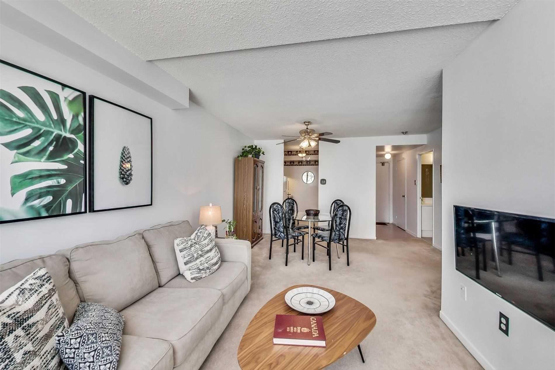 Photo 6: Photos: 212 5580 E Sheppard Avenue in Toronto: Malvern Condo for sale (Toronto E11)  : MLS®# E4747223