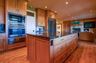 Photo 4: 3421 85 Street SW in Calgary: Springbank Hill Detached for sale : MLS®# A1153058