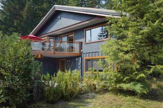 """Photo 18: 8333 RAINBOW Drive in Whistler: Alpine Meadows House for sale in """"Alpine"""" : MLS®# R2299873"""