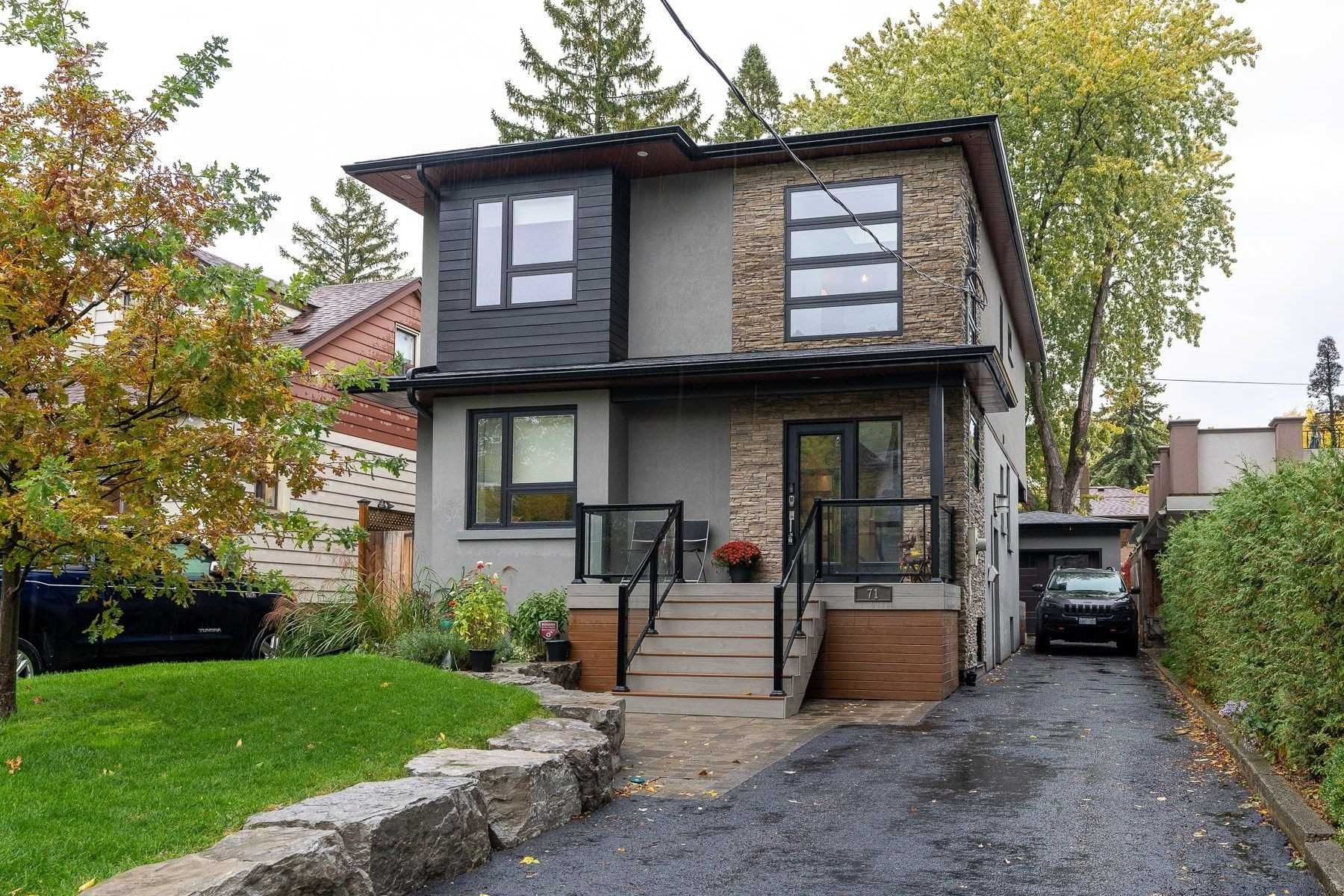 Main Photo: 71 Dorset Road in Toronto: Cliffcrest House (2-Storey) for sale (Toronto E08)  : MLS®# E4956494