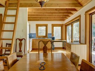 Photo 24: 135 HAIRY ELBOW Road in Seymour: Halfmn Bay Secret Cv Redroofs House for sale (Sunshine Coast)  : MLS®# R2556718