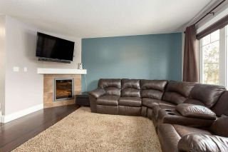 Photo 3: 17118 120 Street in Edmonton: Zone 27 House Half Duplex for sale : MLS®# E4242628