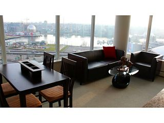 """Photo 3: 2002 688 ABBOTT Street in Vancouver: Downtown VW Condo for sale in """"FIRENZE TOWER 2"""" (Vancouver West)  : MLS®# V1041462"""
