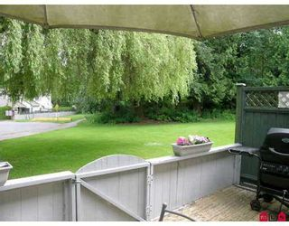 """Photo 9: 1 6601 138TH Street in Surrey: East Newton Townhouse for sale in """"Hyland Creek"""" : MLS®# F2715623"""