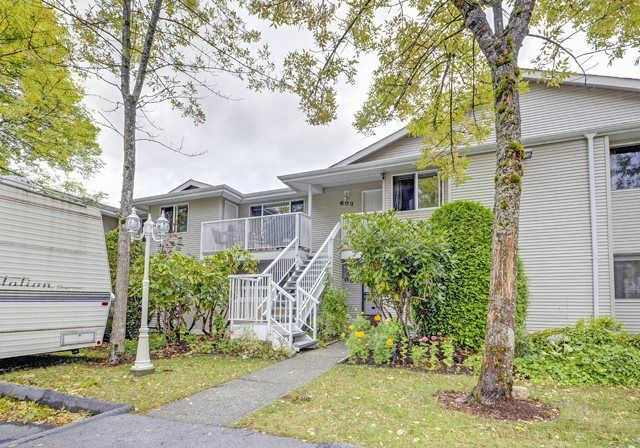 Main Photo: 603 13923 72ave in surrey: Townhouse for sale (Surrey)  : MLS®# R2063662