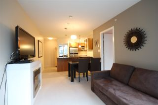 """Photo 5: 301 1155 SEYMOUR Street in Vancouver: Downtown VW Condo for sale in """"BRAVA"""" (Vancouver West)  : MLS®# R2117217"""