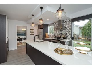 Photo 1: 1400 WINDSOR Crescent in Delta: Cliff Drive House for sale (Tsawwassen)  : MLS®# R2342521
