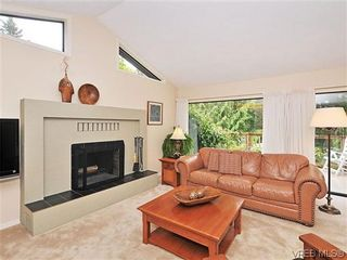 Photo 3: 32 1255 Wain Rd in NORTH SAANICH: NS Sandown Row/Townhouse for sale (North Saanich)  : MLS®# 605177