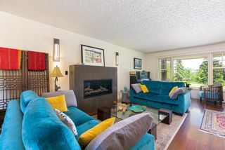 Photo 10: 87 Wildwood Drive SW in Calgary: Wildwood Detached for sale : MLS®# A1126216