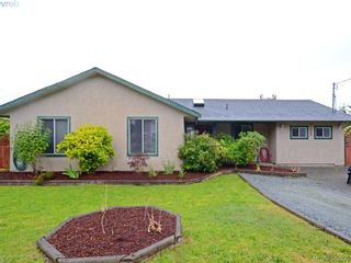 Photo 1: 6756 Central Saanich Rd in VICTORIA: CS Keating House for sale (Central Saanich)  : MLS®# 762289