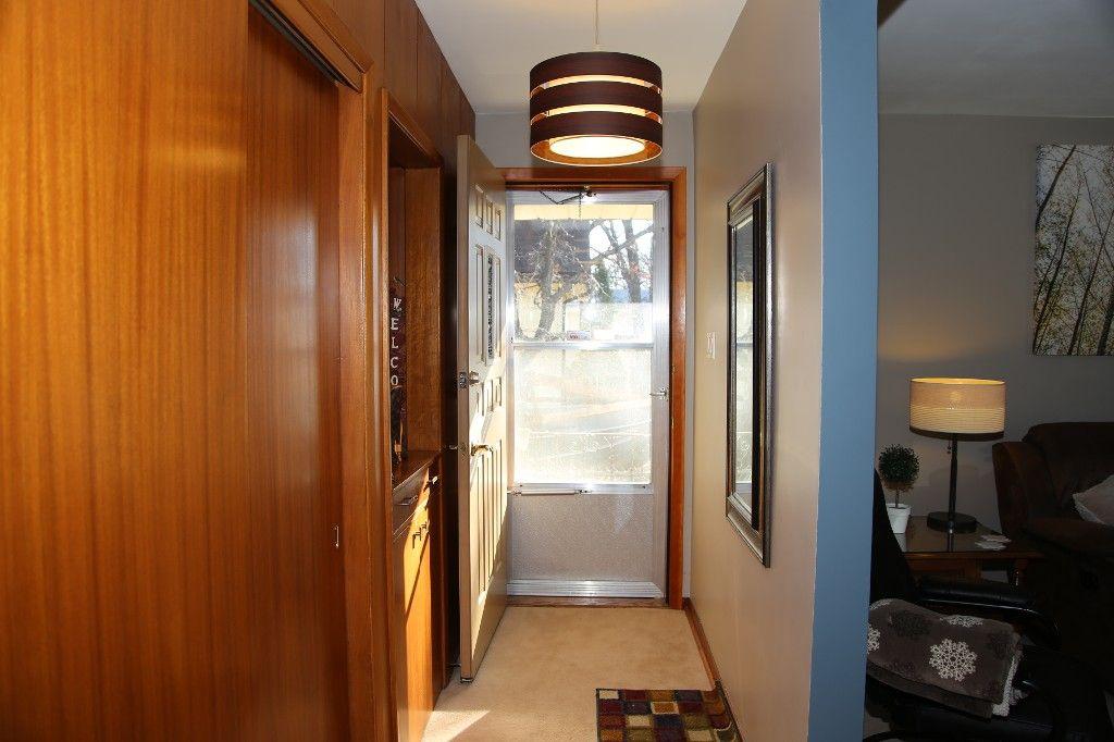 Photo 19: Photos: 407 Wallasey Street in WINNIPEG: Grace Hospital Area Single Family Detached for sale (West Winnipeg)  : MLS®# 1426170