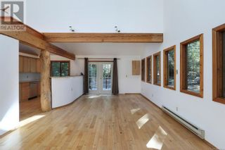 Photo 7: 4130 Beaver Dr in Denman Island: House for sale : MLS®# 886184
