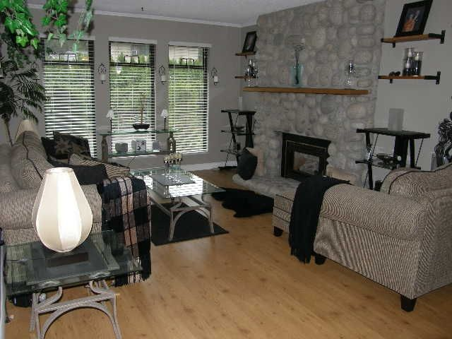 """Photo 2: Photos: 1186 COLIN Place in Coquitlam: River Springs House for sale in """"RIVER SPRING"""" : MLS®# R2105095"""