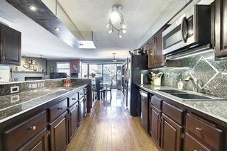 Photo 4: 806 320 Meredith Road NE in Calgary: Crescent Heights Apartment for sale : MLS®# A1143492