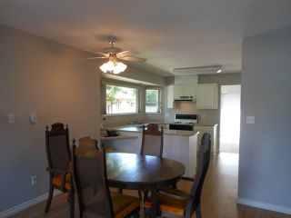 "Photo 5: 124 16080 82ND Avenue in Surrey: Fleetwood Tynehead Townhouse for sale in ""Ponderosa Estates"" : MLS®# F1321774"