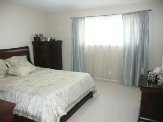 Photo 8: 327 Nightingale Road in Winnipeg: St James Single Family Detached for sale (West Winnipeg)