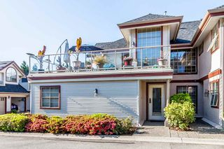 "Photo 1: 8 8855 212 Street in Langley: Walnut Grove Townhouse for sale in ""GOLDEN RIDGE"" : MLS®# R2068226"