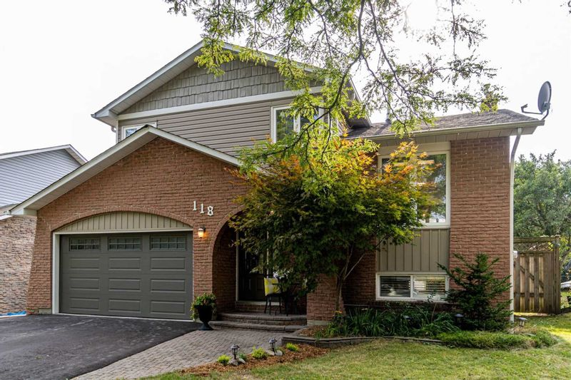FEATURED LISTING: 118 Guthrie Crescent Whitby