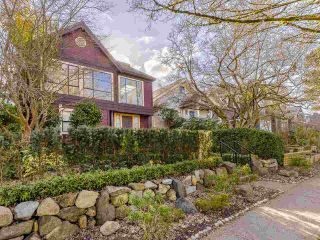 """Photo 2: 4228 W 11TH Avenue in Vancouver: Point Grey House for sale in """"Point Grey"""" (Vancouver West)  : MLS®# R2542043"""