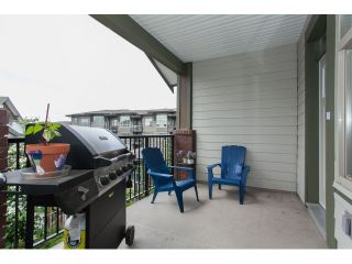 """Photo 65: 204 6706 192 Diversion in Surrey: Clayton Townhouse for sale in """"One92"""" (Cloverdale)  : MLS®# R2070967"""