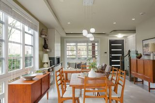 """Photo 6: 531 W 18TH Avenue in Vancouver: Cambie House for sale in """"Cambie Villiage"""" (Vancouver West)  : MLS®# R2568171"""
