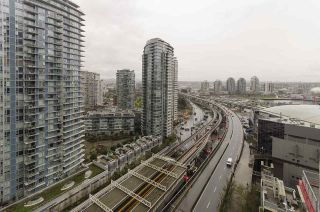 """Photo 12: 1907 602 CITADEL PARADE in Vancouver: Downtown VW Condo for sale in """"SPECTRUM 4"""" (Vancouver West)  : MLS®# R2042899"""