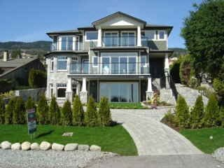 Main Photo: 2141 OTTAWA AVENUE in West Vancouver: Dundarave House for sale ()  : MLS®# V1013899
