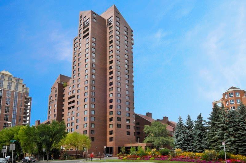 Main Photo: 302C 500 EAU CLAIRE Avenue SW in Calgary: Eau Claire Apartment for sale : MLS®# C4215554