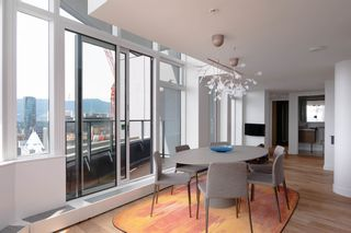 """Photo 6: SPH5001 777 RICHARDS Street in Vancouver: Downtown VW Condo for sale in """"TELUS GARDEN"""" (Vancouver West)  : MLS®# R2595049"""