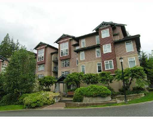 "Main Photo: 105 1140 STRATHAVEN Drive in North_Vancouver: Northlands Condo for sale in ""STRATHAVEN"" (North Vancouver)  : MLS®# V663288"