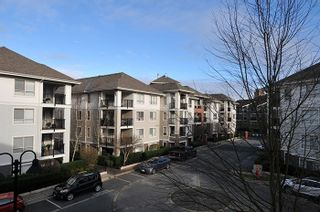 """Photo 15: C313 8929 202 Street in Langley: Walnut Grove Condo for sale in """"THE GROVE"""" : MLS®# R2142761"""