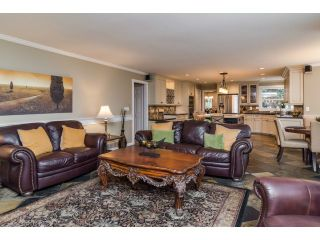 """Photo 9: 18102 CLAYTONWOOD Crescent in Surrey: Cloverdale BC House for sale in """"CLAYTON WEST"""" (Cloverdale)  : MLS®# F1438839"""
